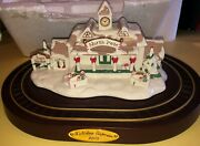 Avon Ceramic Train Station And Trains North Pole Collector Model Mint Condition