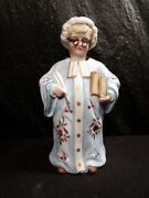 Old Choir Singer  Nodder With Books Figurine - No Damage And Very Rare