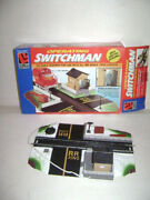 Life Like Trains Operating Switchman W Lighted Building Ho Scale