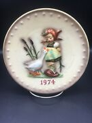 Hummel - 1974 Goebel 7 1/2 Inch Hand Painted Collector Plate