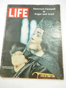 Life Magazine April 19. 1986 - Mrs Martin Luther King At The Funeral Service