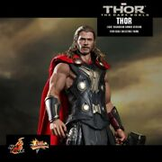 Hot Toys Mms225 Thor - The Dark World Collectible 1/6 Scale
