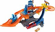 2014 Hot Wheels Color Shifters Flame Fighter Playset Collectible And Rare