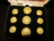Vintage Set Of 9 Waterbury Wc1812 Quid Aere Perennius 24k Gold Plated Buttons