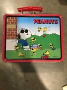 Rare Vintage Collectible 1998 Schulz Peanuts Snoopy Metal Tin Lunch Box Series 1