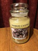 Yankee Candle Andldquofrosted Cedar Wreathandrdquo 22 Oz Large Jarchristmasfree Shipping