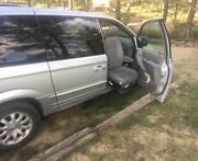 2002 Chrysler Town And Country Lt With Hadicap Front Seat