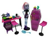 Monster High Dolls Abbey Bominable And Home Ick Classroom 2013