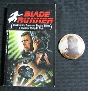1982 Blade Runner By Philip K Dick Del Rey Paperback And 2.25 Pin Fn/fvf