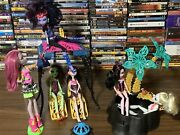 Monster High 13 Wishes Desert Fright Oasis Playset Lot Of Dolls