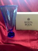 Nib Flawless Exquisite Kosta Bodasweden Blue Warff Zoom Controlled Bubbles Vase