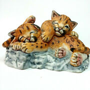 Vtg 1988 Lenox Porcelain Figurine Nature's Young Played Out Leopards Cubs S2