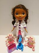 Disney Just Play Doc Mcstuffins Doll Talking Doctor With Lambie