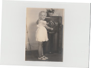 1930s Original Photo Of Young Girl Tuning A Large Zenith Console Radio