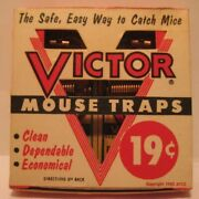 Old 1955 Victor Pair Of Wooden Mouse Traps In Orig Box - Lititz Pa - Bbb