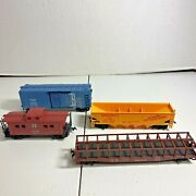 Ho Scale Lot Of Four Rolling Stock Cars Including Santa Fe A.t.s.f. Caboose