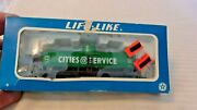 Ho Scale Life-like 36' Cities Service Oil Tank Car, Green, 2545 Bnos