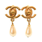Authentic Vintage Cocomark Turn Lock Earrings Gold Faux Pearl 0054