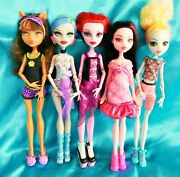 Lot Of 5 - Monster High Fully Dressed With Shoes Loose Dolls And Accessories
