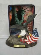 Bradford Exchange On Freedomand039s Wings Eagle - Americaand039s Glory Plate And Statue