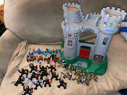 Vintage 1994 Fisher Price Great Adventures Castle Knights Playset W/ 30 Knights