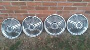 Ford Mustang Hubcaps Set Of Four Free Shipping Wheel Covers