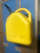 Scepter 5 Gal Yellow Plastic Diesel Fuel Can Spring Loose