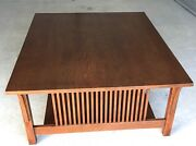 Beautiful Oak Stickley Mission Coffee / Cocktail Table W/spindles Model 89-767