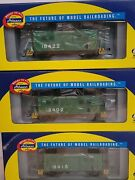 Athearn Ho Ath76800 4-window Caboose Penn Central 18402 Pack 3
