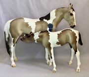 Breyer Vintage Club 2019 Lillian And Molly Thoroughbred Mare And Suckling Foal