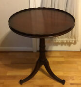 Antique Mahogany Wood Hand Carved Pie Crust Round Side End Table 27.75andrdquoh X 22andrdquod