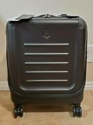 Victorinox Spectra 2.0 Black Hardside Spinner Carry-on Luggage – New