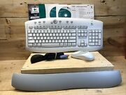 Logitech Cordless Access Duo Mouse Keyboard Excellent Preowned Condition White