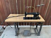 Vtg 31-15 Singer Industrial Sewing Machine W/ Tabel Lamp And Foot Pedal -antique