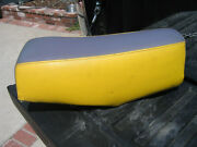1980 80 Yz250 And 1981 81 Yz465 Oem Seat Pan Base + Foam + Cover 3r4-w2473-00-00
