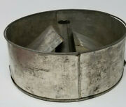 Antique Aluminum Bundt Cake Pan With Inserts 8.5 Wide 3.5 Tall