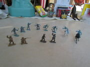 Vintage 1960and039s Marx Fort Apache Plastic Pieces Calvary Soldiers And 2 Horses
