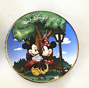 Disney Parks Mickey And Minnie Mouse Mini Collector Plate 3 Inch