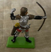 Vintage Britainand039s 1971 Deetail Medieval Knights Archer Holding Bow