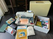 Vintage Singer Touch And Sew Special Zig Zig Sewing Machine Model 638 W/ Case