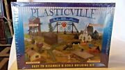 O Scale Bachmann Plasticville U.s.a. Log Cabin With Rustic Fence, Kit, 45982 Bn