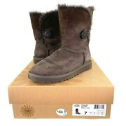 Ugg Australia Womens 5803 Single Bailey Button Chocolate Suede Boots Size 7