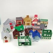 Mary Maxim Other Christmas Village Lot Houses Building Plastic Canvas Completed