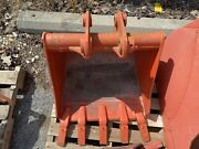 Kubota Bt3004a 24 Pin On Trenching Bucket For L39 L45 L47 Tractors