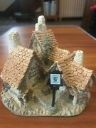 1983 Green Dragon Pub By David Winter - Miniature Cottage Vintage Collectible