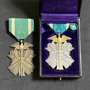 0630b Japanese Soldier Order Of The Golden Kite 6th 7th Class Set Medal With Box