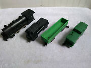Marx Battery Operated Train Engine And 3 Cars