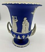 1850and039s Wedgwood Large Blue And White Twin Handled Pedestal Urn/vases