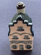 Klm Blue Delft Canal House 1. Not Empty