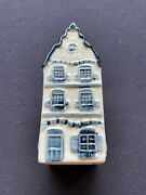 Klm Blue Delft Canal House 3. Not Empty
